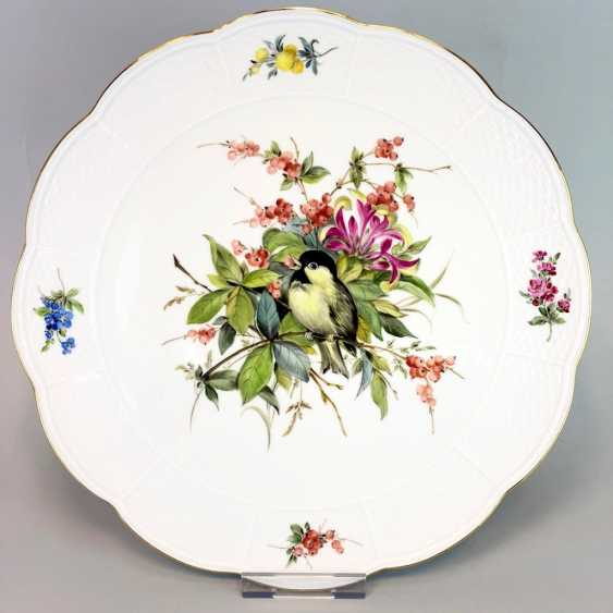 Institutional / Wall Plate: Meissen Porcelain Adorns. Decor great tit with flowers and fruits, Gold, very good. - photo 1