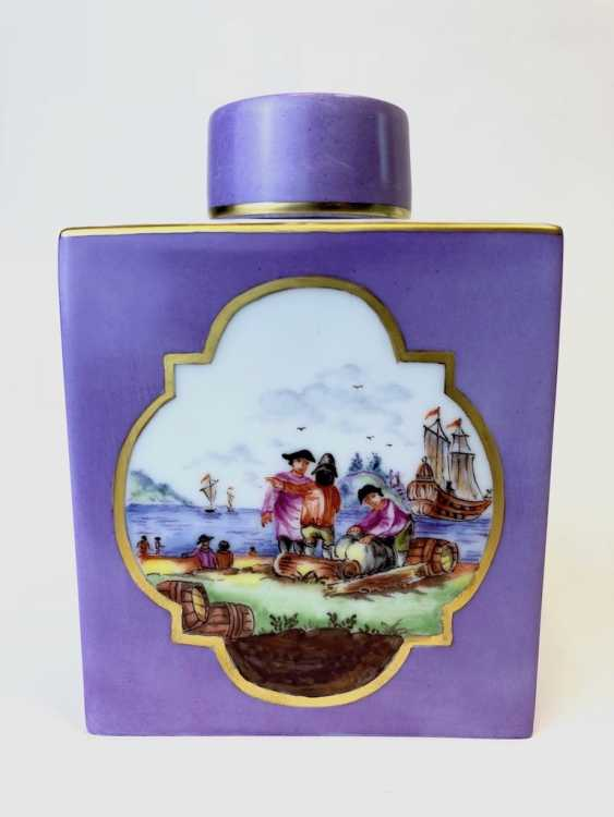 Large Caddy: Meissen Porcelain. Kauffartei Scene / The Port Of The Prospectus. Gold ornaments, very good. - photo 3