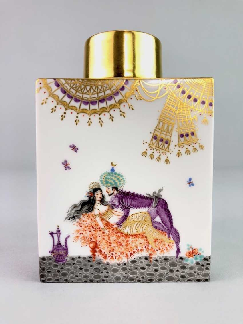 Rectangular tea caddy with lid: Meissen porcelain 1001 Arabian nights, gold plated, gold ornaments, Prof. Heinz Werner, very good - photo 1