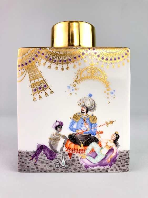 Large rectangular tea caddy with lid: Meissen porcelain 1001 Arabian nights, Gold decorated, Prof. Heinz Werner, very good. - photo 5