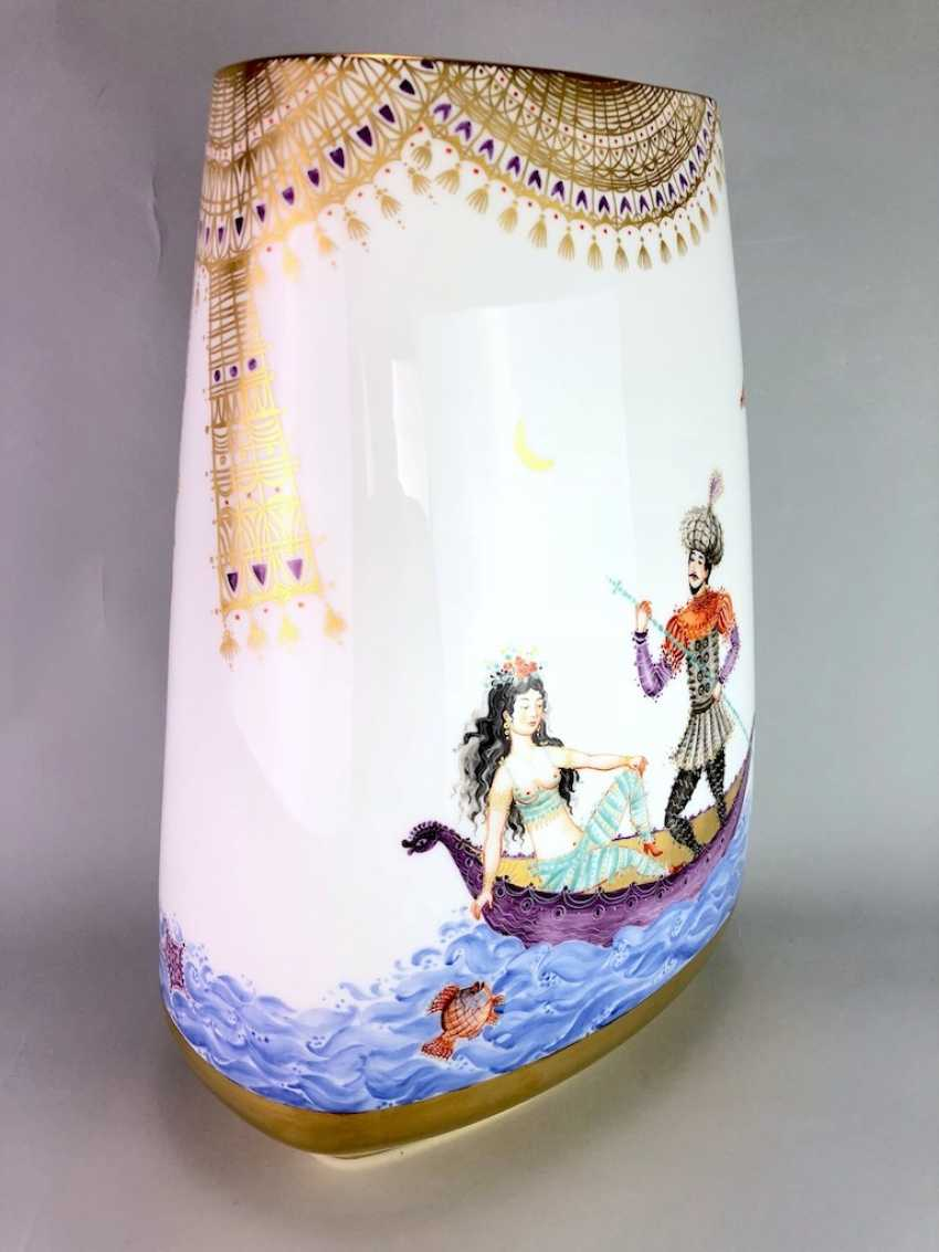 Very large Vase / fireplace vase: Meissen porcelain 1001 Arabian nights, Gold decorated, 46 cm. Prof. Heinz Werner, very good. - photo 3