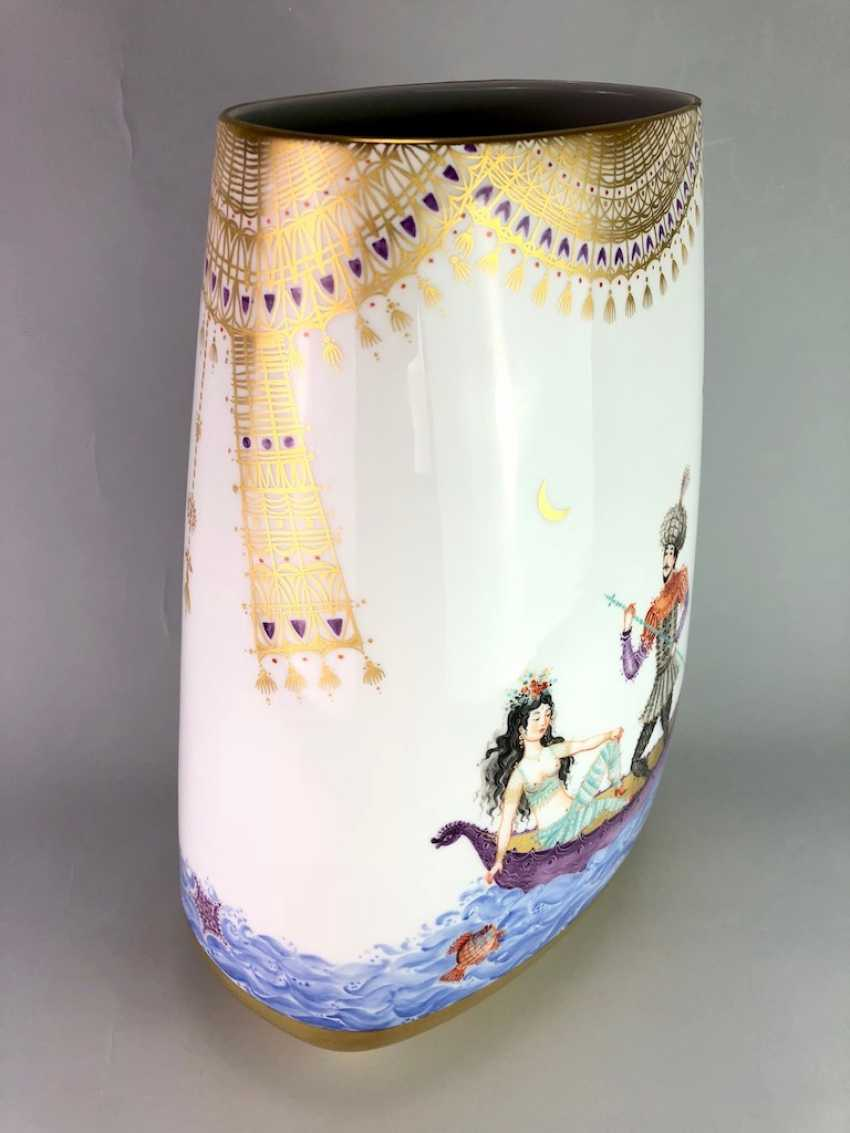 Very large Vase / fireplace vase: Meissen porcelain 1001 Arabian nights, Gold decorated, 46 cm. Prof. Heinz Werner, very good. - photo 7
