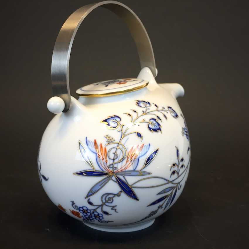 Large caddy: Meissen porcelain, Johann Georg Hörold, Chinoiserien, gold ornaments, very good. - photo 2