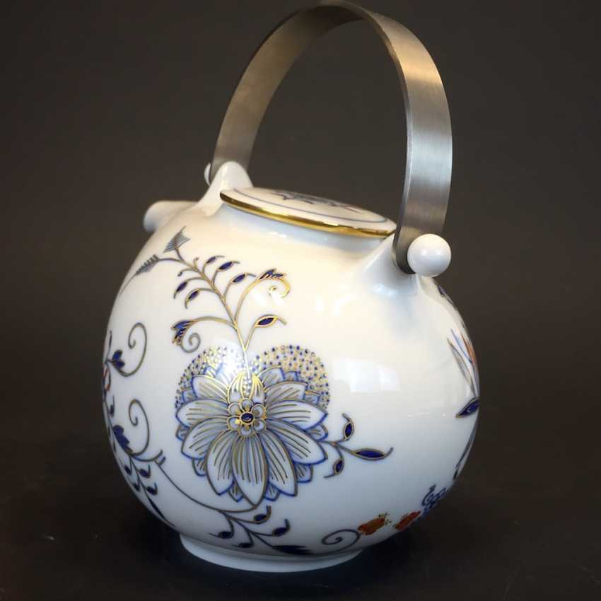 Large caddy: Meissen porcelain, Johann Georg Hörold, Chinoiserien, gold ornaments, very good. - photo 5