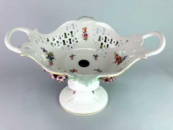 The Magnificent Centrepiece: Meissen Porcelain. Flower decorated, and J. J. Kändler. 1860, very nice. - photo 10