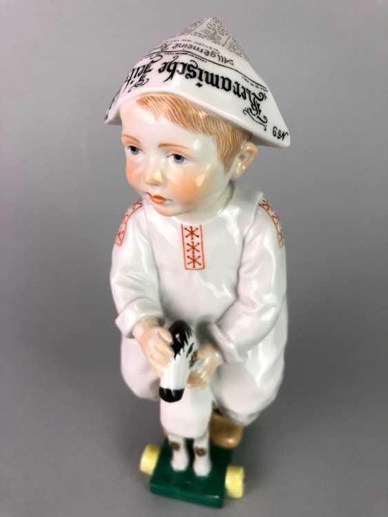 "Porcelain figurine: Hentschel child - ""child on a wooden horse riding"". Meissen Porcelain, 1. Choice, very well. - photo 3"