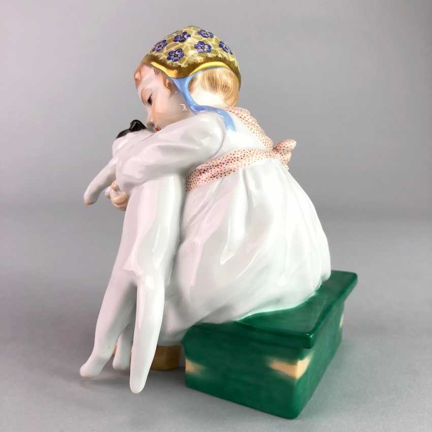 """Porcelain figurine: Hentschel child - """"child with cat in Arm"""". Meissen Porcelain, 1. Choice, very well. - photo 4"""