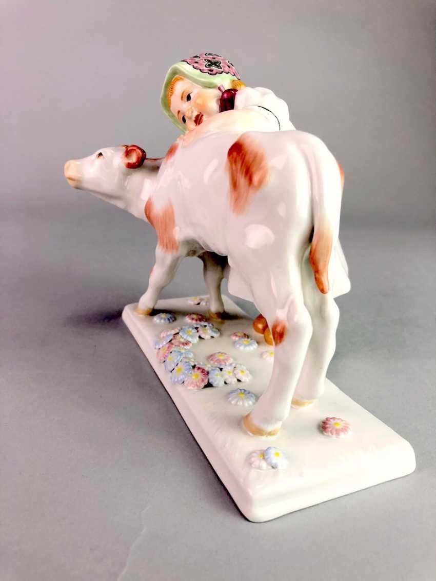 "Porcelain figurine: ""girl with calf"". Max Bochmann. Meissen Porcelain, 1. Choice, very well. - photo 4"