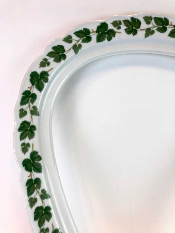 Rare Porcelain-Frame: Mirror Frame / Picture Frame, Porcelain, Decorative Vine Leaves. Hutschenreutehr. Very good. - photo 2