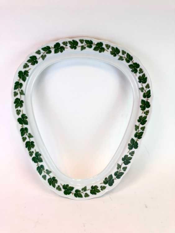 Rare Porcelain-Frame: Mirror Frame / Picture Frame, Porcelain, Decorative Vine Leaves. Hutschenreutehr. Very good. - photo 5