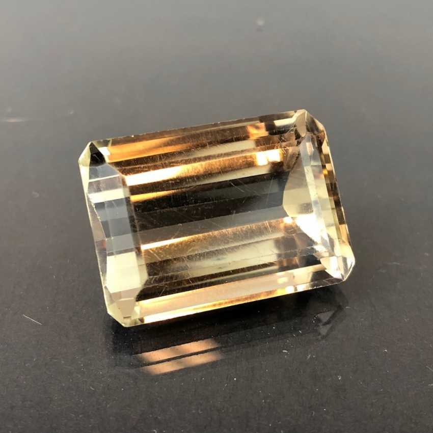 Large Smoky Quartz: Emerald-Cut. 52,10 carat. - photo 1