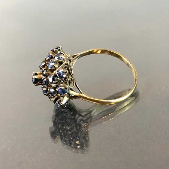 Dear ladies ring: flower ring with Safiren see occupied. Yellow gold. Eye-catcher! - photo 2