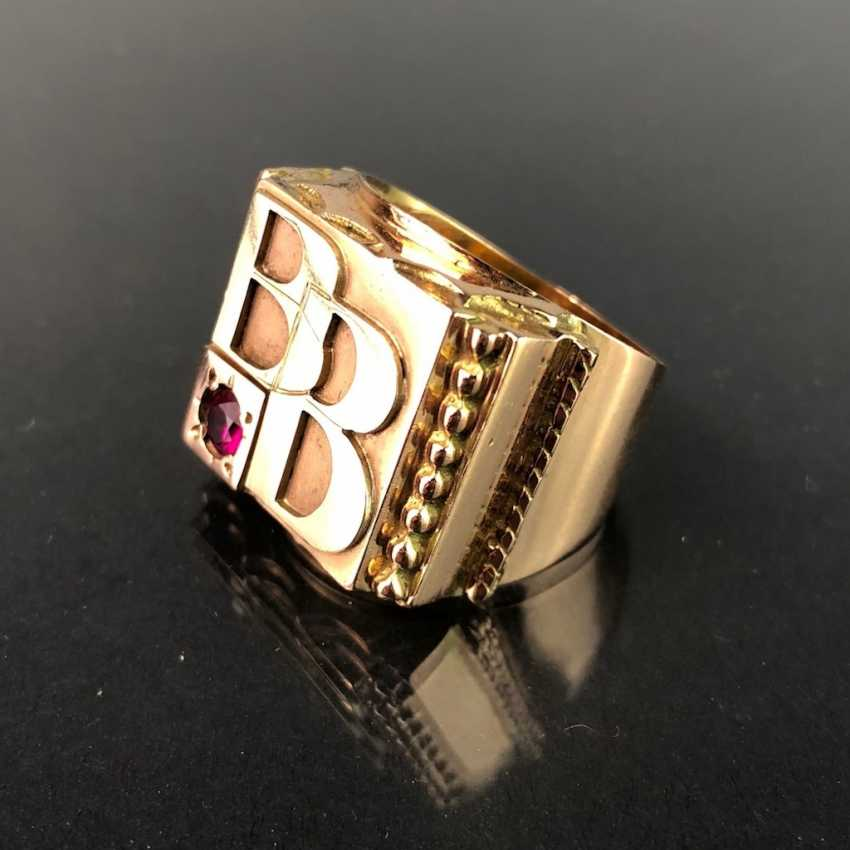 Opulent Ring with ruby. Yellow gold 585. - photo 2