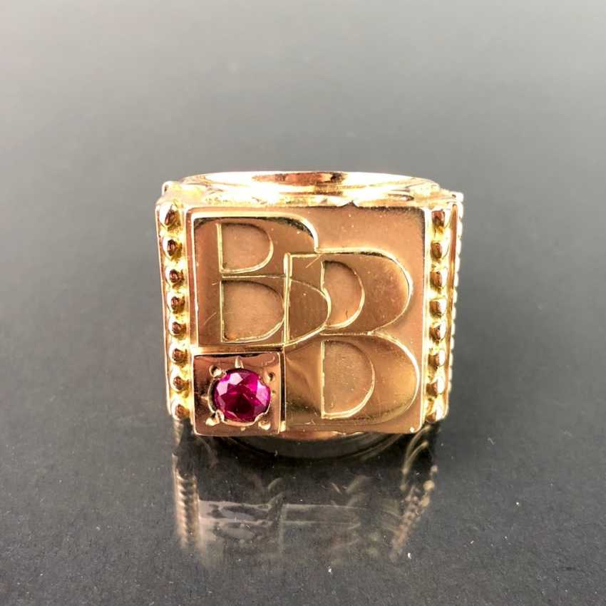 Opulent Ring with ruby. Yellow gold 585. - photo 4
