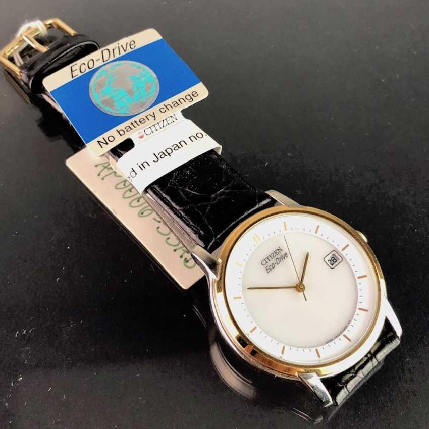 """Montre: """"CITIZEN Eco Drive"""". Plaqué Or, Bracelet En Cuir, Verre Minéral. Jamais porté de Uhrmachernachlaß. Parfaitement situé. - photo 2"""