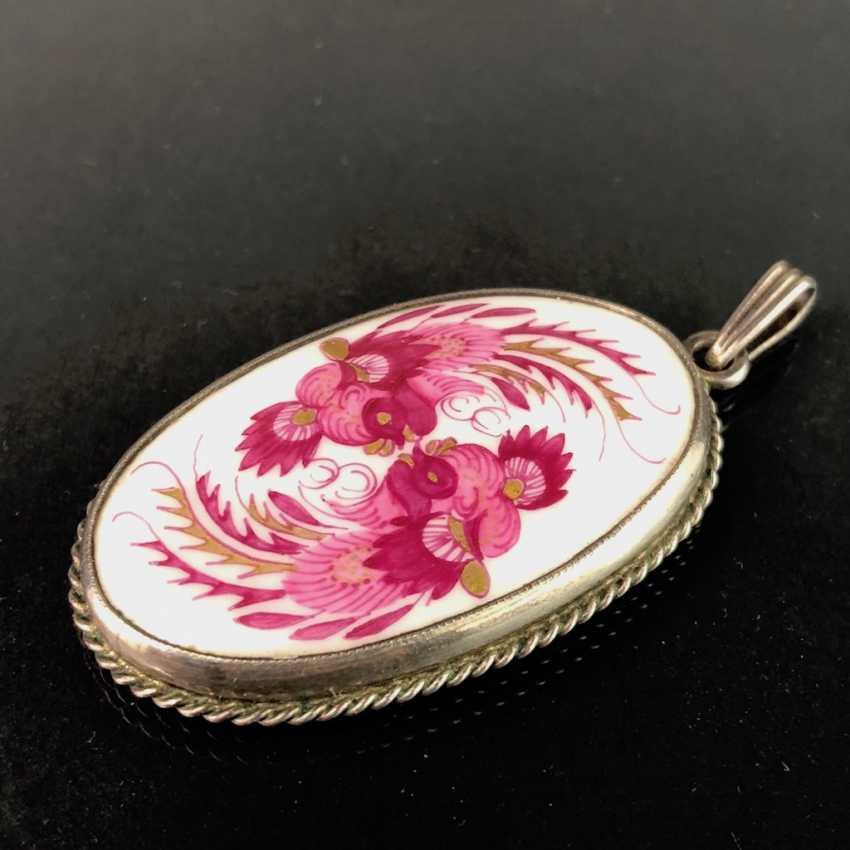 Подвеска: Мейсен фарфор, Декор Dresdner Hofdrache в пурпур. Серебро 900. Очень красиво. - фото 1