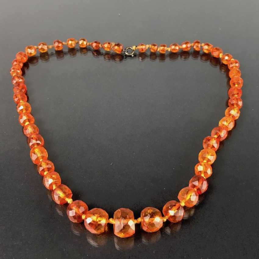 Amber necklace Faceted amber size, arranged by, Art Deco around 1930, very nice. - photo 1
