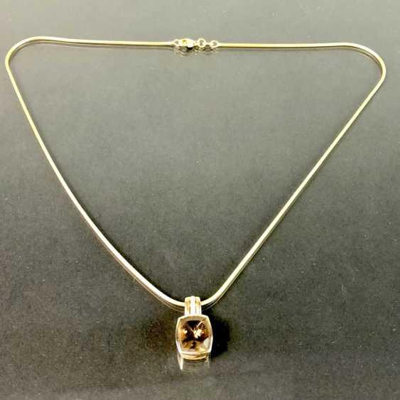 Шикарный кулон с дымчатый кварц и бриллиантами, желтое золото 375. На тонкой змея цепи, желтое золото 375. Очень красиво. - фото 2