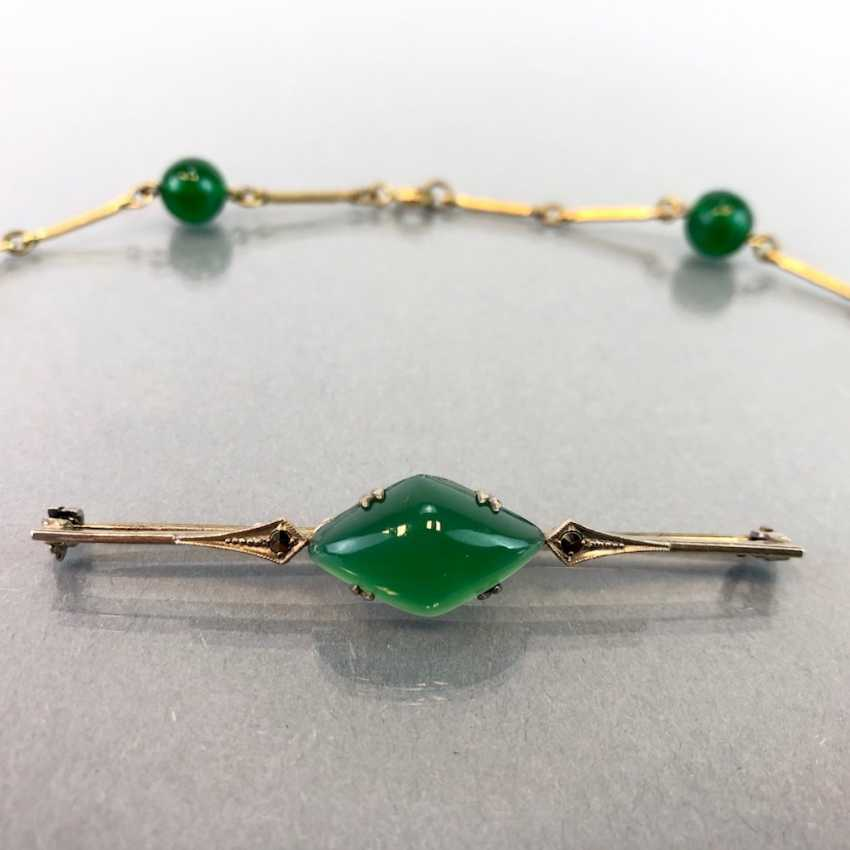 Jade-jewellery-Set bar brooch with Jade and vintage solid. Necklace with any balls. Art-Deco, 1930. - photo 1