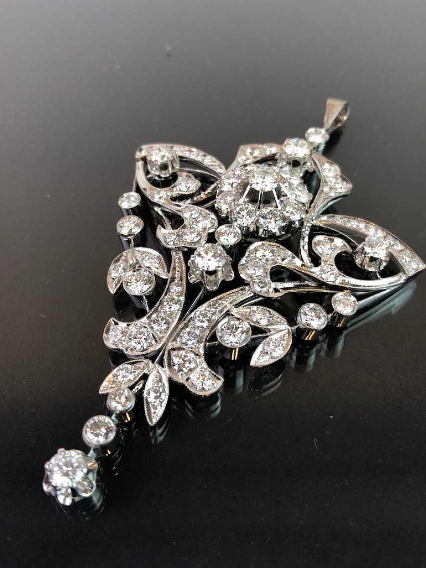 Sensational necklace pendant: white gold rhodium plated. 10 carat brilliant-67 stones of very good quality. - photo 6