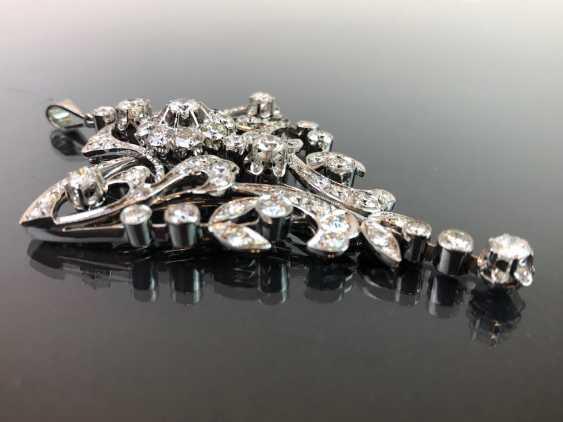 Sensational necklace pendant: white gold rhodium plated. 10 carat brilliant-67 stones of very good quality. - photo 9