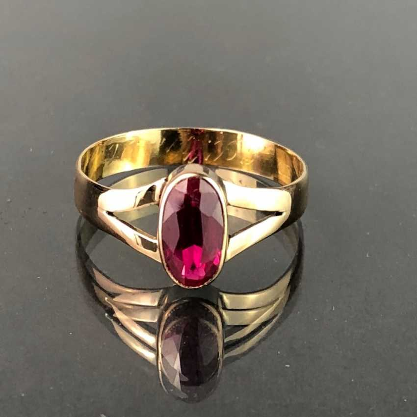 Ladies ring with ruby, approx. 1 carat. Yellow gold 585. Very nice. - photo 1