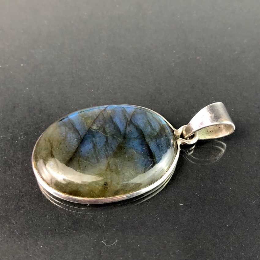 Pendant with labradorite. Silver. - photo 1