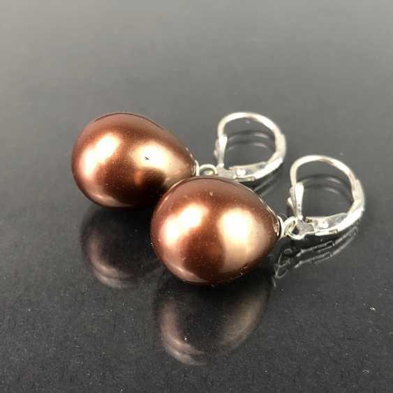 Elegant drop earrings: drop shaped pearl in Bronze. Silver. - photo 2