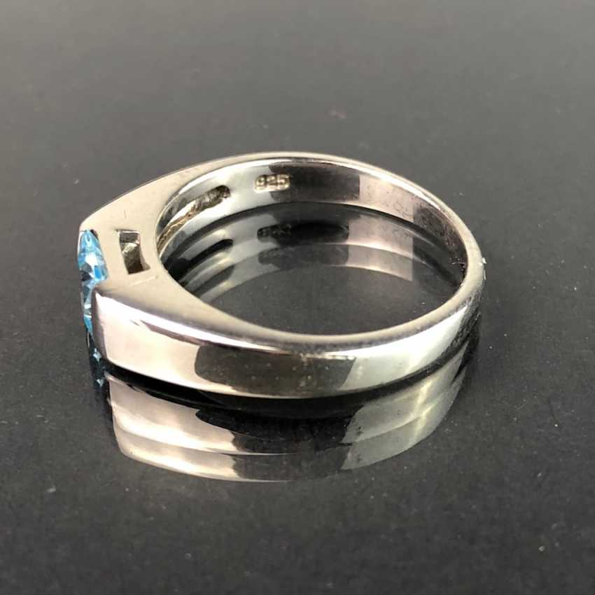 Timeless ladies ring: Topaz in the Swiss blue. Silver 925 rhodium-plated, very solid, very good. - photo 2