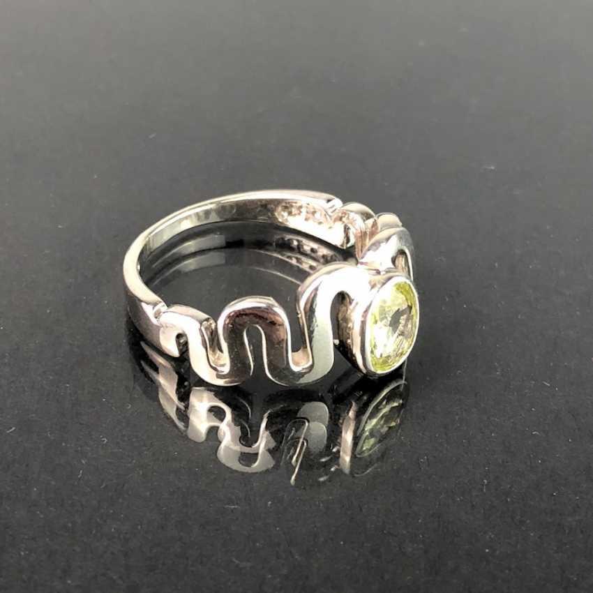 Вневременной Дамы Кольцо: Перидот. Серебро 925 с родиевым покрытием, очень массивные, очень хорошо. - фото 3