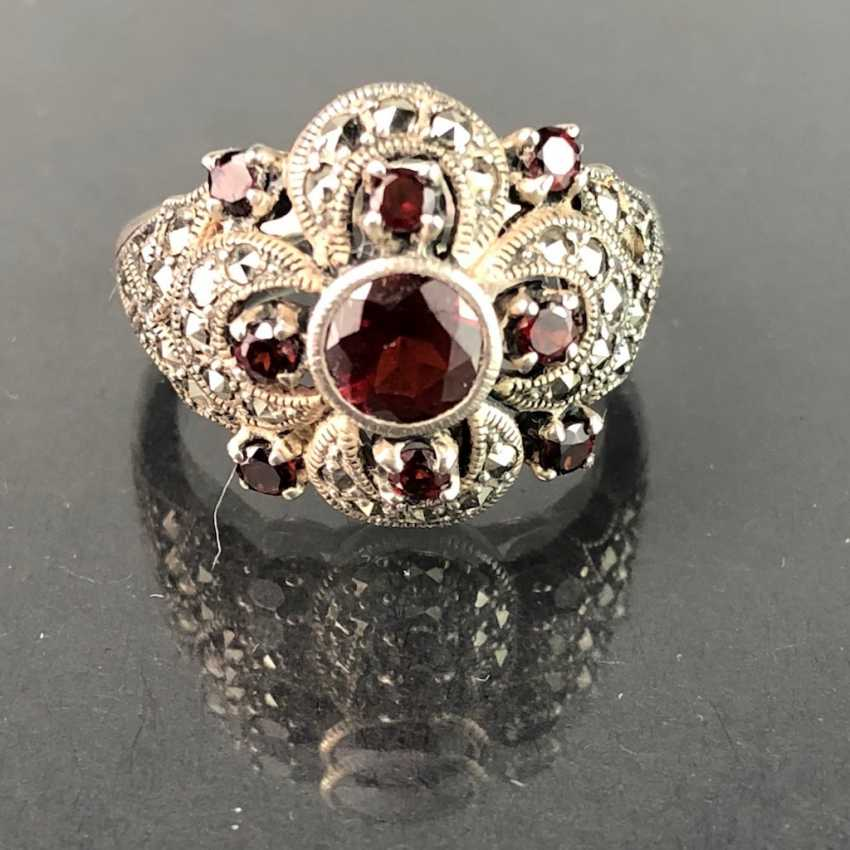 Timeless ladies ring: garnet and vintage solid. Silver 925 rhodium-plated, very solid, very good. - photo 1