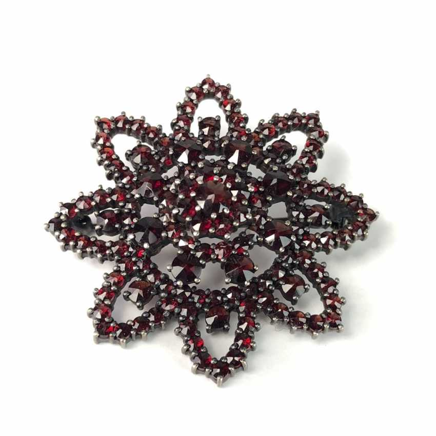Fancy Star Brooch: Bohemian Garnets. Silver 900. Art Nouveau 1920. - photo 3