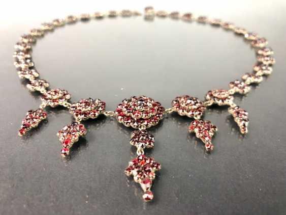 Opulent Necklace: Bohemian Garnets. Art Nouveau 1920. - photo 2