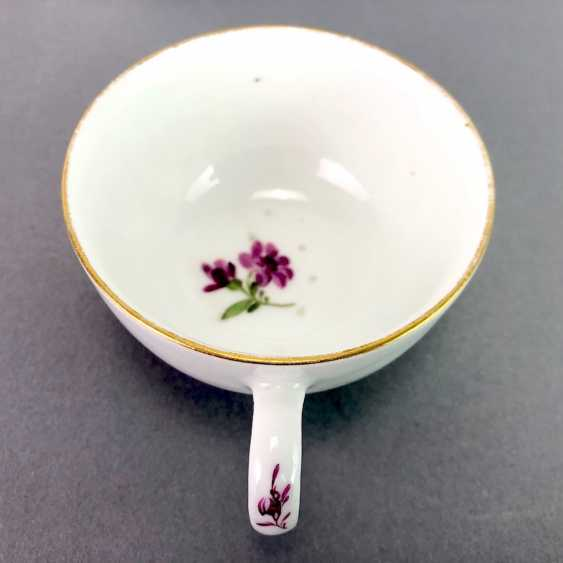 Johann Joachim Kaendler for Meissen porcelain: Cup and saucer. To 1760. Flower bouquett. Rare, very good. - photo 3