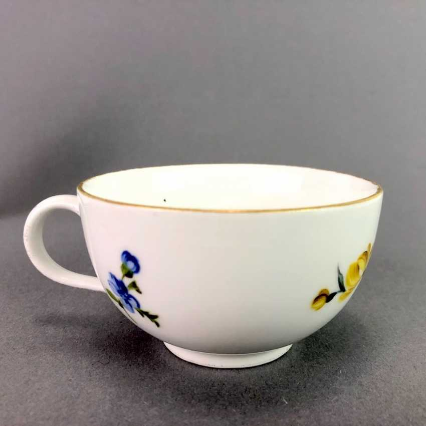 Johann Joachim Kaendler for Meissen porcelain: Cup and saucer. To 1760. Flower bouquett. Rare, very good. - photo 4