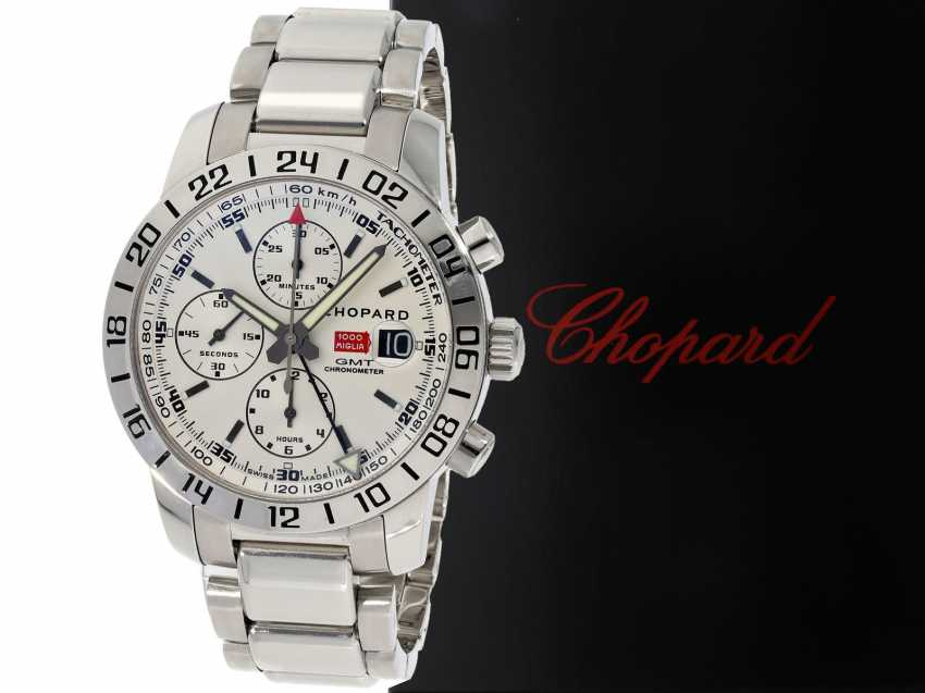Watch: sporty men's watch, Chronograph, Chopard Mille Miglia GMT Chronometer, Ref. 8992, stainless steel, near mint condition, with original papers and original box with accessories, of the year 2007 - photo 1