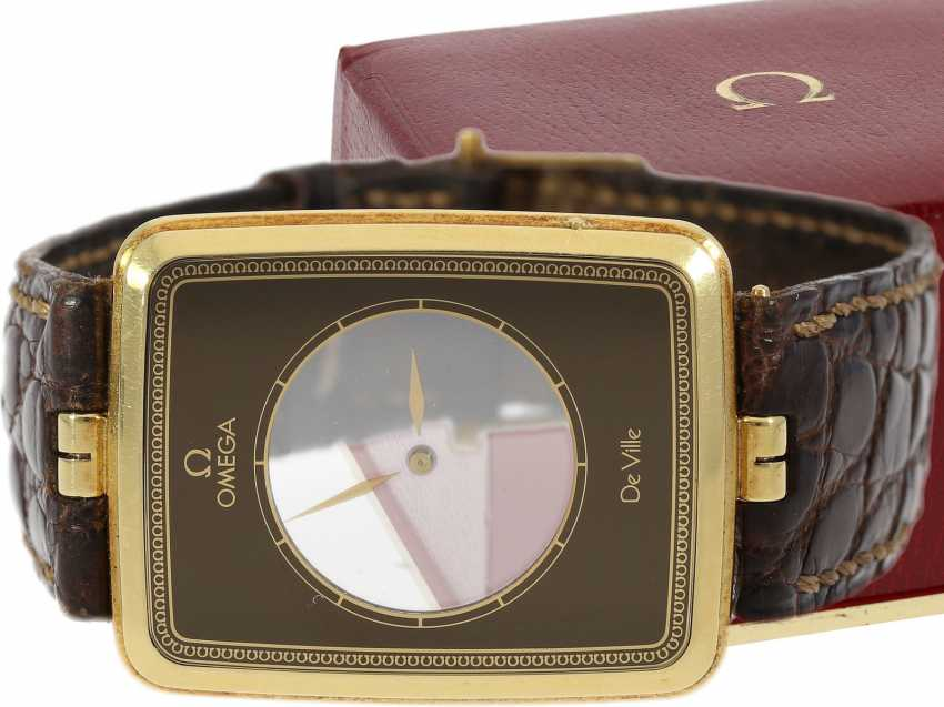 """Watch: ultra-rare, ultra flat Omega wrist watch from 1981 with a display of the time on 2 rotating sapphire discs """"LA MAGIQUE"""" Ref. BA 523.1025, in collector circles, """"Scarface"""", a. 1981/82, original box - photo 1"""