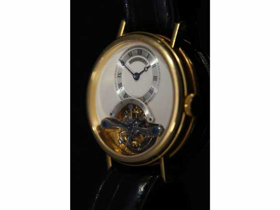 """Watch: exceptional and very high quality 18K yellow Gold gentleman's wristwatch """"Breguet Tourbillon, Ref.3350 BA 12 286"""", No. 225 E, from the year 1993, with Box & papers - photo 4"""