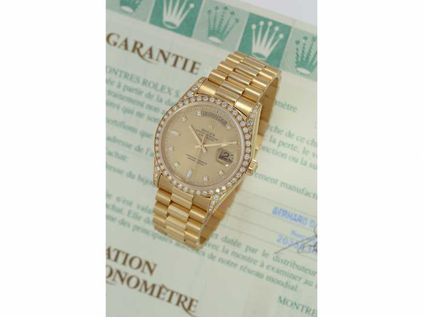 Watch: luxury 18K Gold Rolex Day-Date Ref. 18388, with original diamonds, original papers and service document, 2015, LC100, from the year 1995, condition as NEW! - photo 2