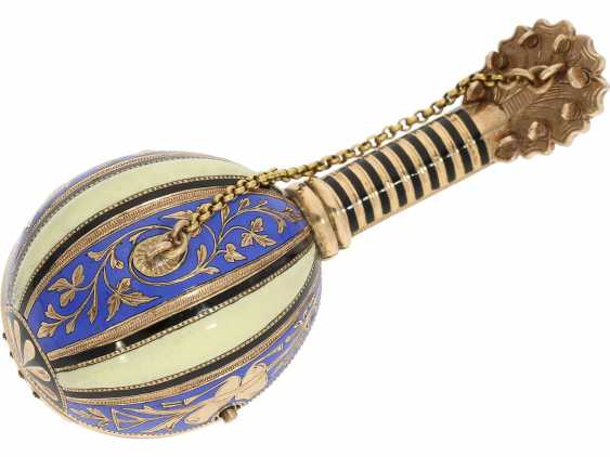 "Anhängeuhr/Formuhr: Gold/enamel Formuhr of outstanding quality, the ""Neapolitan mandolin"", Paris, 1830, cf. the collection of Sandberg p. 446-447 - photo 2"