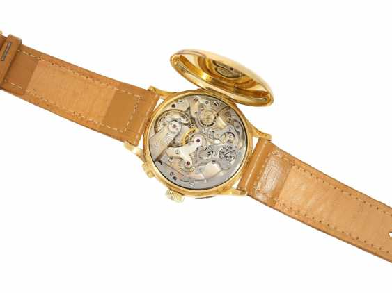 Watch: a unique, large Chronograph with a relief enclosure, made on the occasion of the jubilee year in 1933, Pope Pius XI, in Relief of Huguenin, Henry Moser, No. 8271, CA. 1933 - photo 5