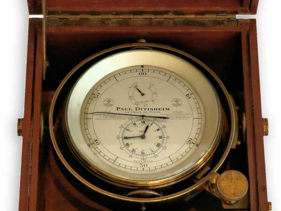 """Marine chronometer: an important marine chronometer with sweep seconds and additional very rare electric minute impulse, Paul Ditisheim """"Central Seconds Marine Chronometer, mon.1011"""", CA. 1920 - photo 1"""
