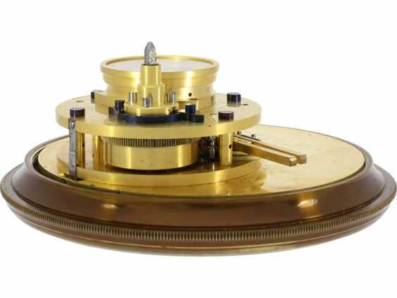 """Marine chronometer: an important marine chronometer with sweep seconds and additional very rare electric minute impulse, Paul Ditisheim """"Central Seconds Marine Chronometer, mon.1011"""", CA. 1920 - photo 7"""