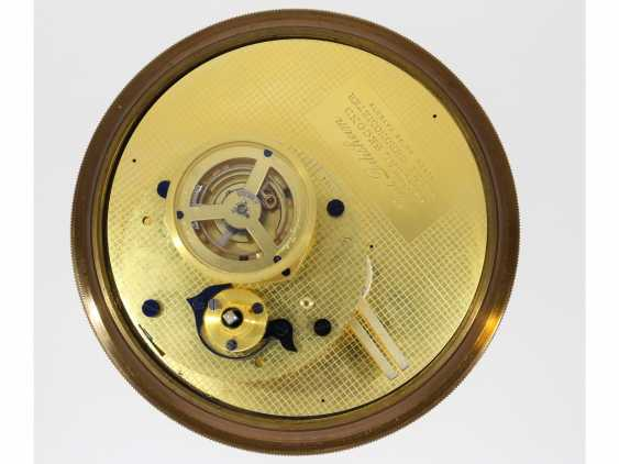 """Marine chronometer: an important marine chronometer with sweep seconds and additional very rare electric minute impulse, Paul Ditisheim """"Central Seconds Marine Chronometer, mon.1011"""", CA. 1920 - photo 8"""