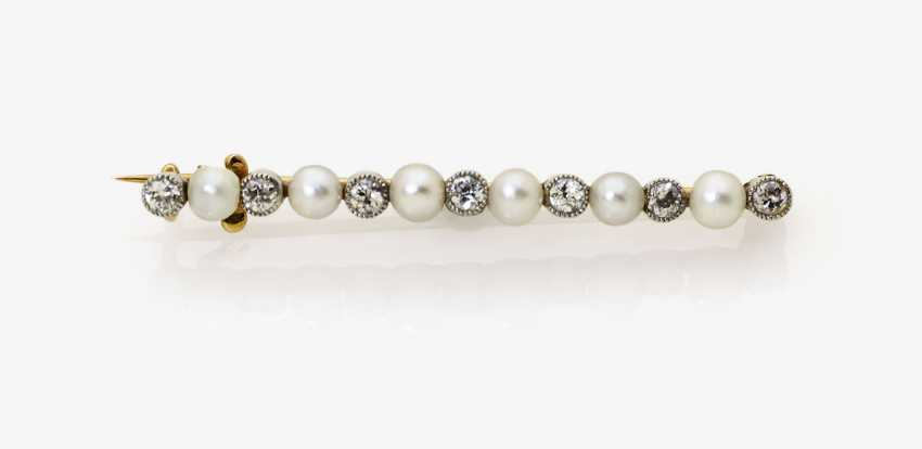 Pin with old European cut diamonds and Orient pearls. Germany, 1910-1915 - photo 1