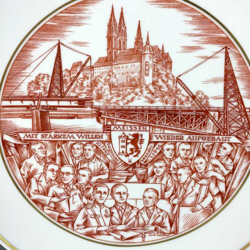 Gerhard Schiffner for the state porcelain manufactory Meissen honorary gift plate reconstruction Meissen 1946, rare. - photo 2
