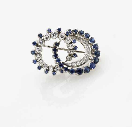 Cocktail brooch with sapphires and diamonds. Germany, 1970s - photo 1