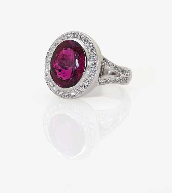 Entourage ring with a fine rubellite and diamonds. In Germany, 2015 - photo 1