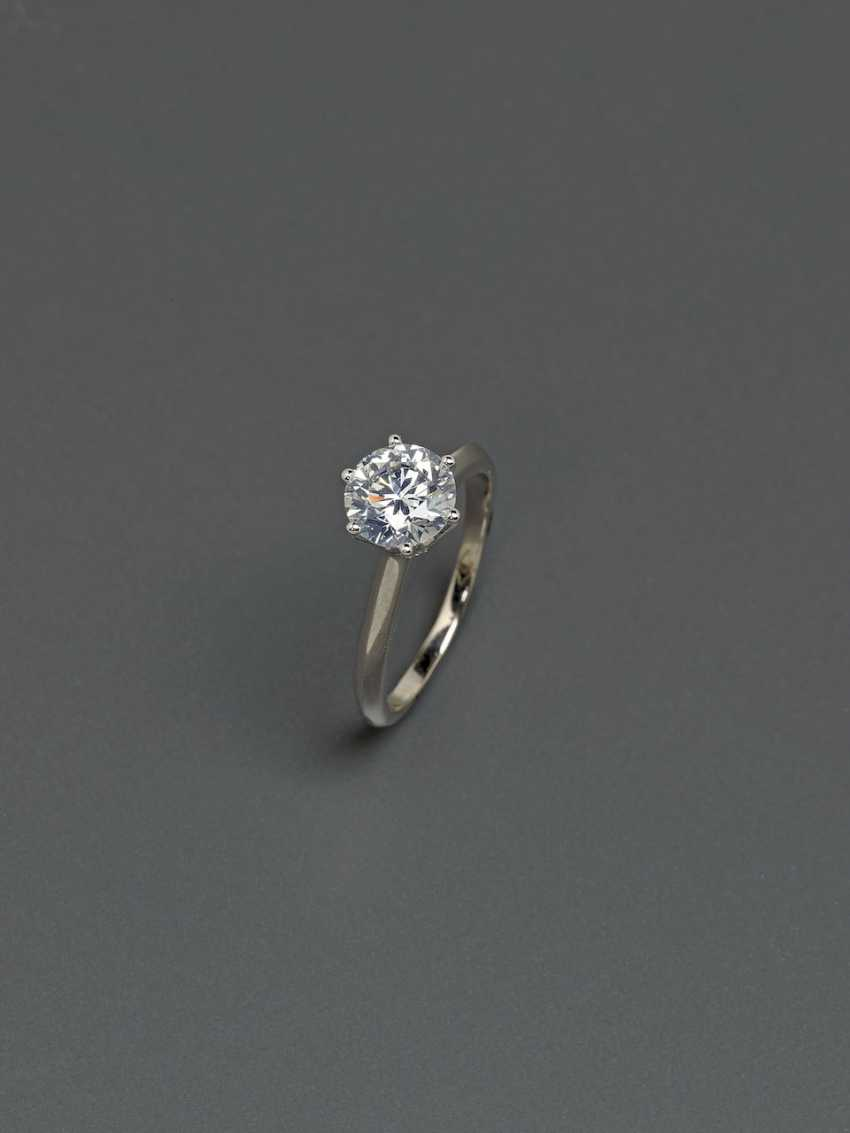Solitaire-Brilliant Ring. Paris, 2015, GALLERY of the DIAMOND - photo 2