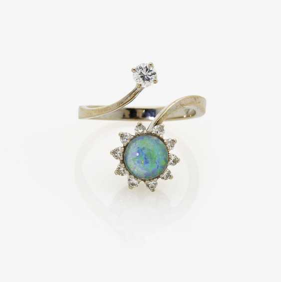Ring with Opal and brilliants. Germany, 1960s - 1970s - photo 1